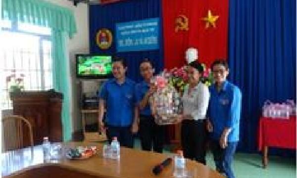 Chi đoàn Viện kiểm sát nhân dân tỉnh Khánh Hòa với chương......