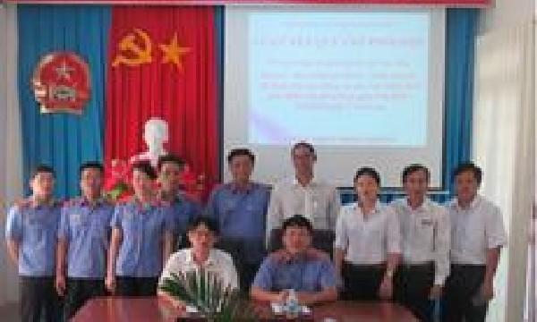 Viện kiểm sát nhân dân huyện Cam Lâm ký kết quy chế phối hợp trong công tác thụ lý, giải quyết các vụ, việc dân sự